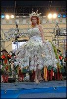 www.floristic.ru - Флористика. Цветочный парад и конкурс флористов 12 июня в День России. Петербург.