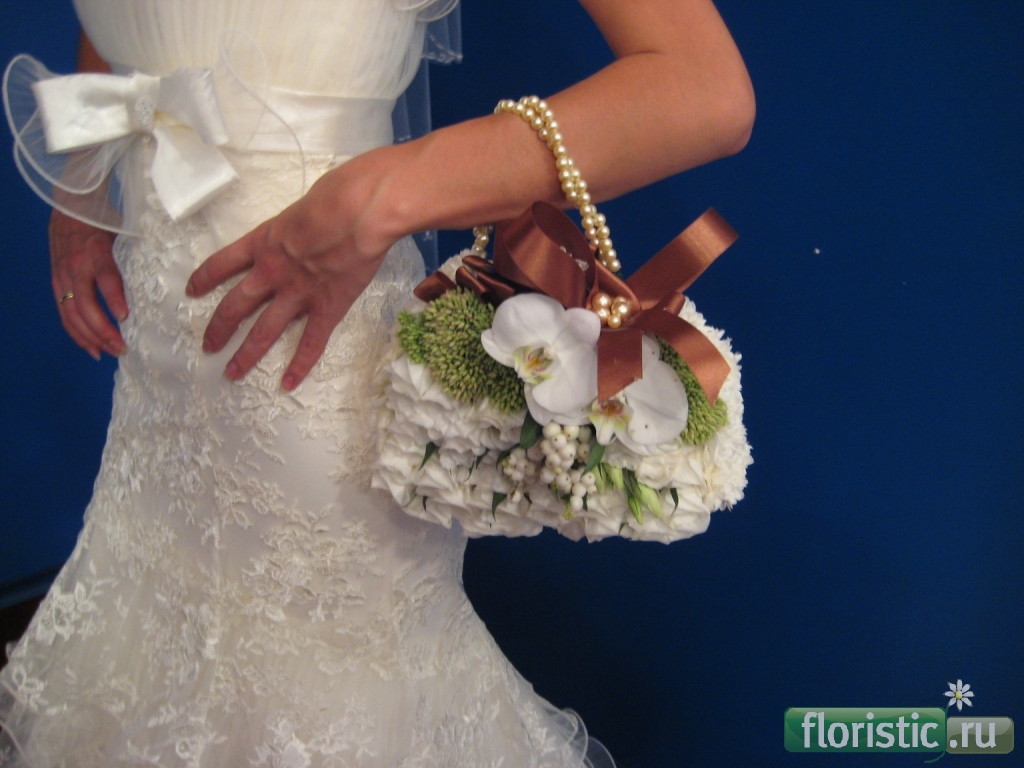 Как сделать букет для невесты из цветов