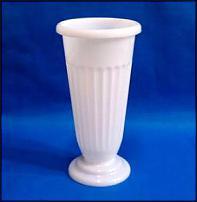 www.floristic.ru - Флористика. Продам пластиковые колбы д/цветов. Остатки.