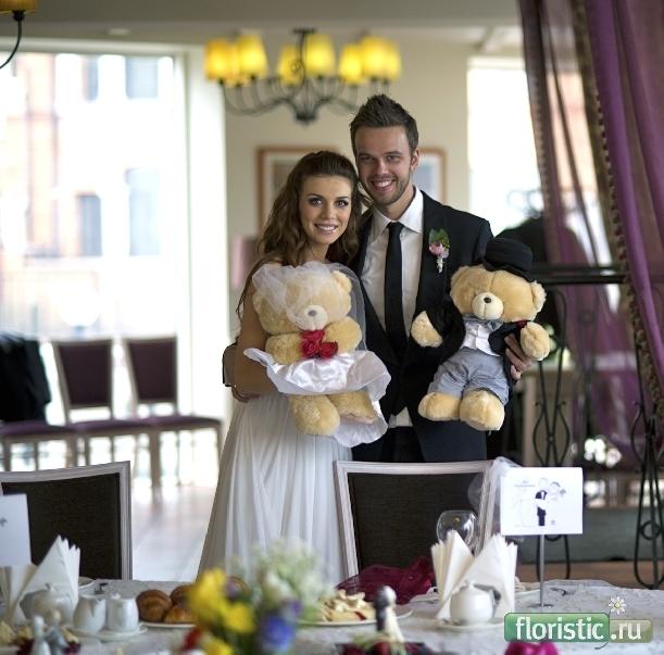 Alli and anthony wedding